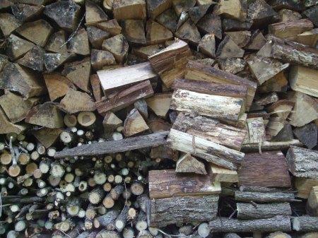 薪小屋風景1